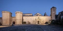 Monasterio cisterciense de Poblet en cister .org