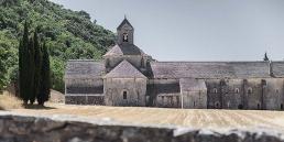 Abadía cisterciense de Senanque cister .org