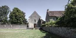 Abadía cisterciense de Varennes en cister .org