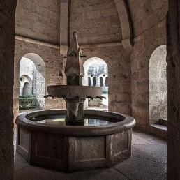 Galería fotográfica de fuentes cistercienses en cister .org