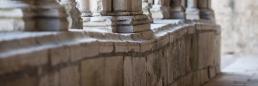 Claustro de la abadía cisterciense de Noirlac