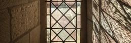Vidriera de la abadía cisterciense de Noirlac en ezza cister .org