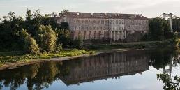 Abadía cisterciense de Belleperche en cister .org