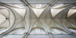 Abadía cisterciense de Pontigny en cister .org