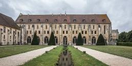 Abadía cisterciense de Royaumont en cister .org