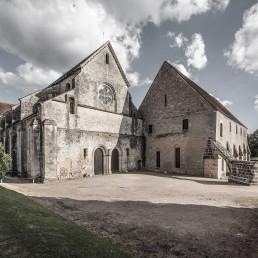 Arquitectura cisterciense de Noirlac en cister .org