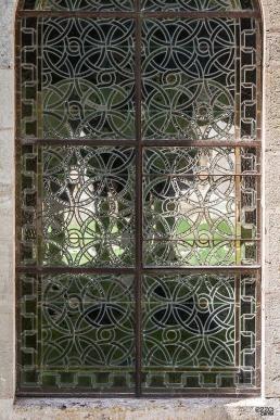Vidriera de la abadía cisterciense de Fontenay