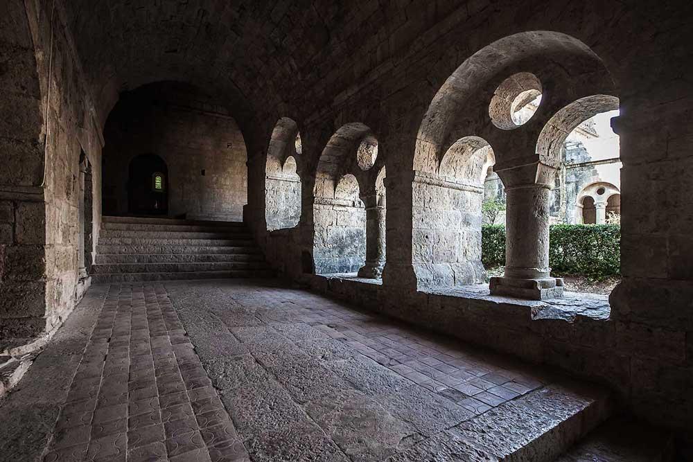 Claustro de la abadía de Le Thoronet