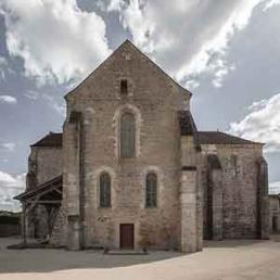 Galería fotográfica de fachadas oeste cistercienses en cister .org